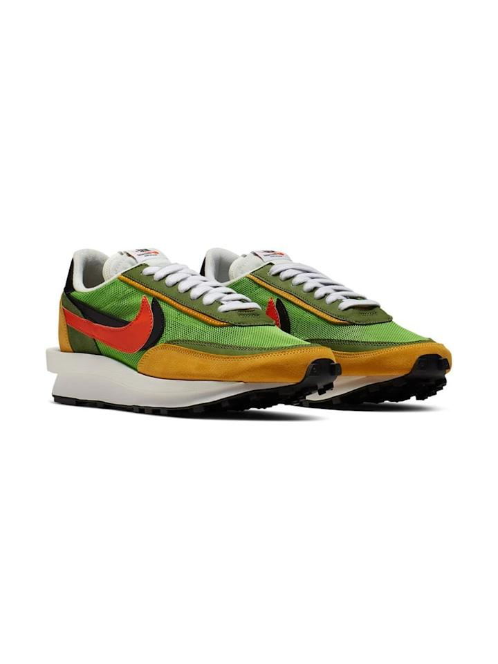 "<p><a href=""https://www.popsugar.com/buy/Nike-NIKE-X-SACAI-LDV-Sneakers-475597?p_name=Nike%20NIKE%20X%20SACAI%20LDV%20Sneakers&retailer=farfetch.com&pid=475597&price=635&evar1=fab%3Aus&evar9=46454694&evar98=https%3A%2F%2Fwww.popsugar.com%2Ffashion%2Fphoto-gallery%2F46454694%2Fimage%2F46454731%2FNike-NIKE-X-SACAI-LDV-Sneakers&list1=shopping%2Csummer%2Cget%20the%20look%2Csummer%20fashion&prop13=mobile&pdata=1"" rel=""nofollow"" data-shoppable-link=""1"" target=""_blank"" class=""ga-track"" data-ga-category=""Related"" data-ga-label=""https://www.farfetch.com/shopping/women/nike-nike-x-sacai-ldv-sneakers-item-13777576.aspx?fsb=1&amp;storeid=11218&amp;size=27&amp;utm_source=google&amp;utm_medium=cpc&amp;utm_keywordid=72043021&amp;utm_shoppingproductid=13777576-4949&amp;pid=google_search&amp;af_channel=Search&amp;c=1449654389&amp;af_c_id=1449654389&amp;af_siteid=&amp;af_keywords=pla-424364973568&amp;af_adset_id=60554505110&amp;af_ad_id=277393252754&amp;af_sub1=72043021&amp;af_sub5=13777576-4949&amp;is_retargeting=true&amp;shopping=yes&amp;gclid=EAIaIQobChMI4rf4tZXs4wIVyICfCh2UZgd_EAQYAiABEgLY4PD_BwE"" data-ga-action=""In-Line Links"">Nike NIKE X SACAI LDV Sneakers</a> ($635)</p>"