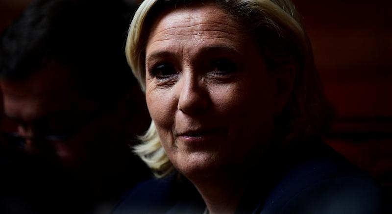 Le Pen n'a plus besoin de Lapersonne — Front national