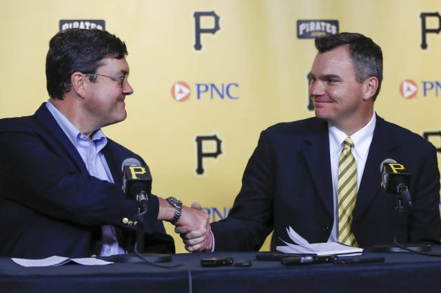 Team owner Bob Nutting, left, shakes hands with Ben Cherington during a news conference where Cherington was introduced as the new general manager of the Pittsburgh Pirates baseball team, Monday, Nov. 18, 2019, in Pittsburgh. (AP Photo/Keith Srakocic)