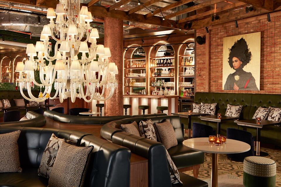 Rose lounge with bar at Mondrian Shoreditch