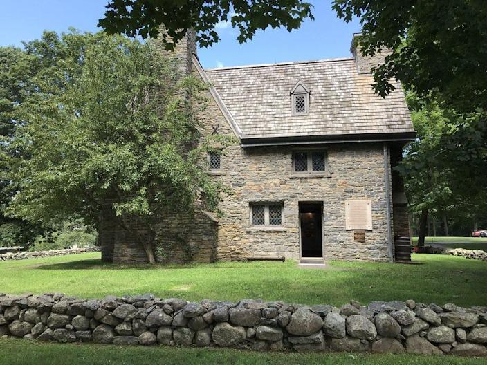 old stone house connecticut Henry Whitfield State Museum