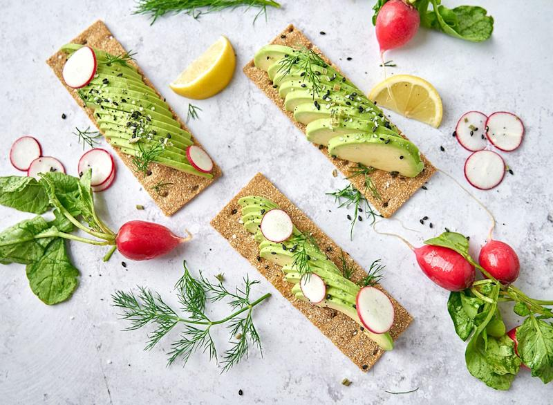 avocado crisps with lemon and radish