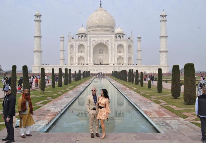 What first attracted you to world's richest man, Jeff Bezos. The Amazon CEO and new love partner Lauren Sánchez at the Taj Mahal in Agra, India.