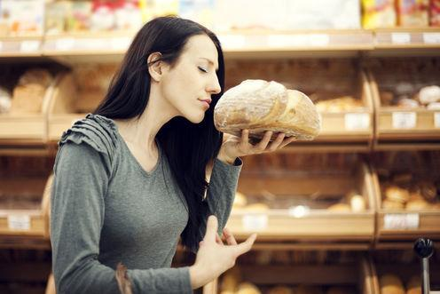 """<span class=""""caption"""">Smell, sight, sounds – they all change how you perceive food.</span> <span class=""""attribution""""><a class=""""link rapid-noclick-resp"""" href=""""https://www.shutterstock.com/image-photo/fresh-baked-bread-126299288?src=vZJlWFHkmOIwPQ2vlFIQqw-1-0"""" rel=""""nofollow noopener"""" target=""""_blank"""" data-ylk=""""slk:Shutterstock"""">Shutterstock</a></span>"""