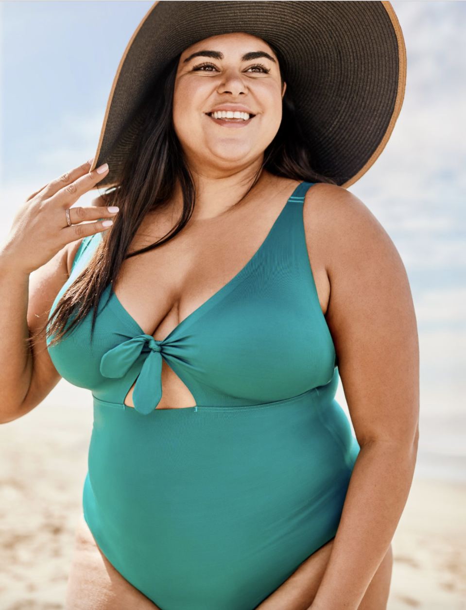 "<p>Nobody knows how to create a well-fitting swimsuit quite like a lingerie brand, and this new swimwear line by Knix proves it, says Nazzaro. The suits are designed to lift and support to help you feel comfortable and confident on the beach. Suits come in sizes S-XXL (covering sizes 2-20 and up to a 40F).</p><p><a class=""link rapid-noclick-resp"" href=""https://go.redirectingat.com?id=74968X1596630&url=https%3A%2F%2Fknix.com%2Fcollections%2Fswim&sref=https%3A%2F%2Fwww.oprahmag.com%2Fstyle%2Fg27391962%2Fbest-swimwear-brands%2F"" rel=""nofollow noopener"" target=""_blank"" data-ylk=""slk:SHOP NOW"">SHOP NOW</a></p>"