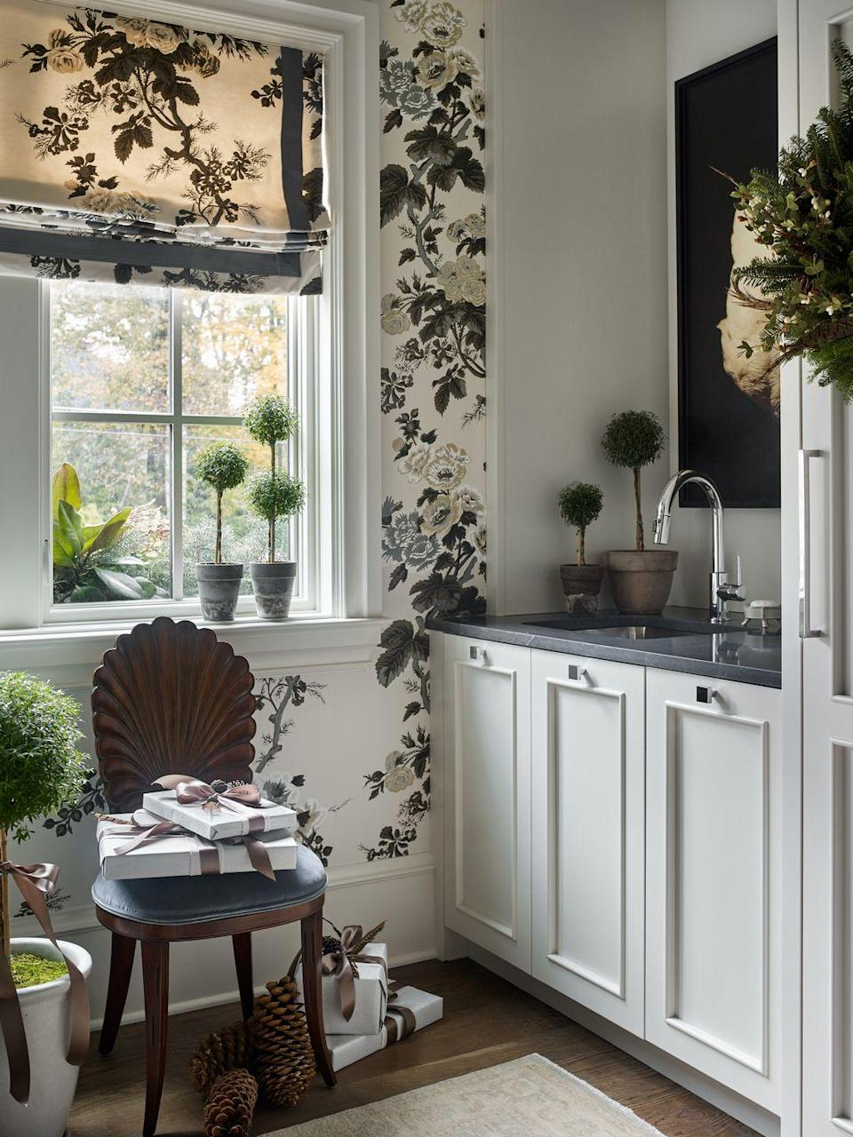 """<p>Nowadays, florals may not be particularly groundbreaking. Interior designer <a href=""""https://www.instagram.com/laurenelaineinteriors/?hl=en"""" rel=""""nofollow noopener"""" target=""""_blank"""" data-ylk=""""slk:Lauren Lowe"""" class=""""link rapid-noclick-resp"""">Lauren Lowe</a> gave this go-to pattern an edgy twist, however, by deploying it in a high-contrast color palette.</p><p><em>Black & White Peonies Wallpaper, $93.50 <br></em><a class=""""link rapid-noclick-resp"""" href=""""https://uswalldecor.com/products/ri5150-rifle-paper-co-peonies-wallpaper-white-black"""" rel=""""nofollow noopener"""" target=""""_blank"""" data-ylk=""""slk:Shop the Look"""">Shop the Look</a></p>"""
