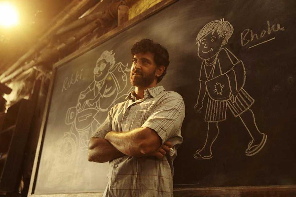 Roshan plays the genius math teacher from Patna who coaches underprivileged kids to IITs. Roshan faces some criticism for the brownface look, but his performance as the earthy teacher is sincere, and propels the film to box office success.
