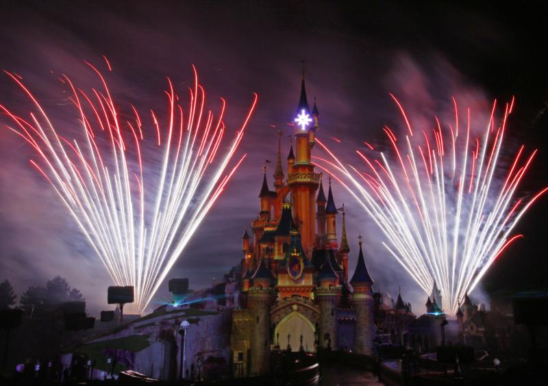 Disney 4Q profit in line, revenue misses forecast
