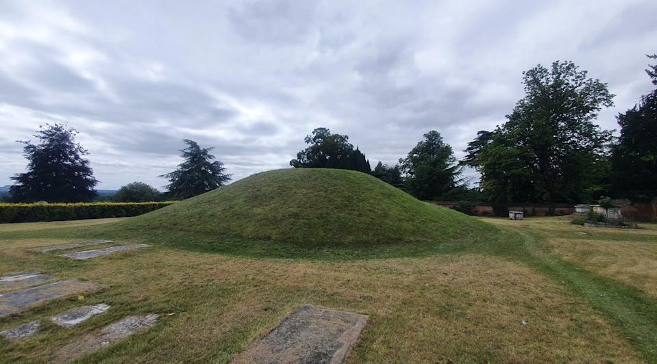 """<span class=""""caption"""">An Anglo-Saxon burial mound in Taplow Court, England.</span> <span class=""""attribution""""><span class=""""source"""">(Shutterstock)</span></span>"""