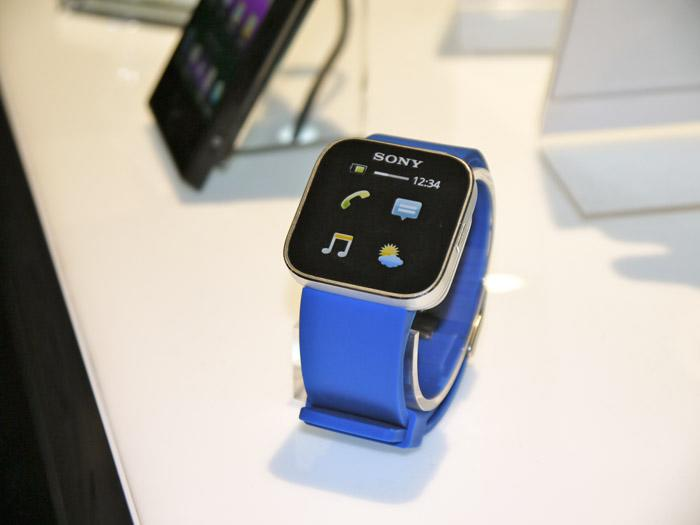 The $149 Experia SmartWatch has a minimalist design but can post to Twitter, play music, update Facebook, and even tell time. (Scott Ard/Yahoo! News)