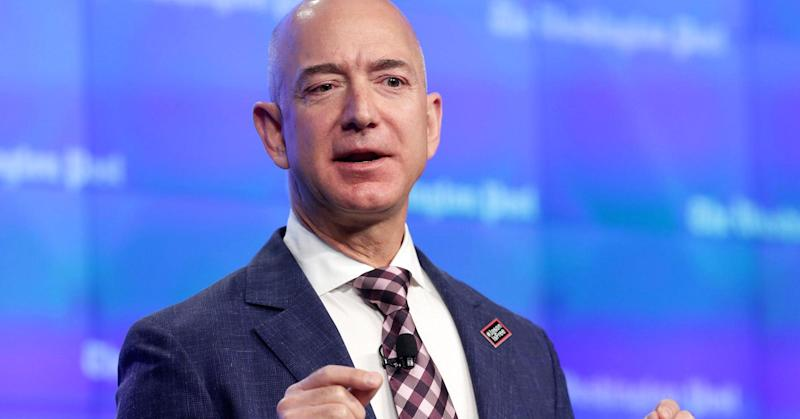 In 1999, Jeff Bezos made eerily accurate predictions about how the world look today
