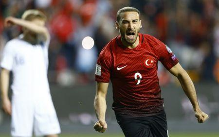 Football Soccer - Turkey v Finland - 2018 World Cup Qualifying European Zone - Antalya Arena, Antalya, Turkey - 24/3/17 Turkey's Cenk Tosun celebrates his first goal. REUTERS/Murad Sezer