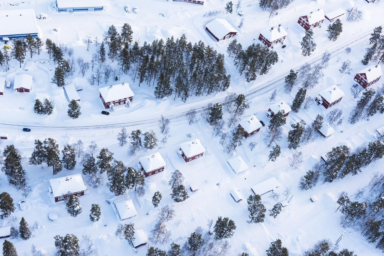 <p>Winter is a great time to get things done around the house. Blistering temperatures keep you shut up inside, but you can still put that time to good use. If you stay on top of these easy fixes, your house will be in tip-top shape and the last thing on your mind when those warm temperatures return.</p>