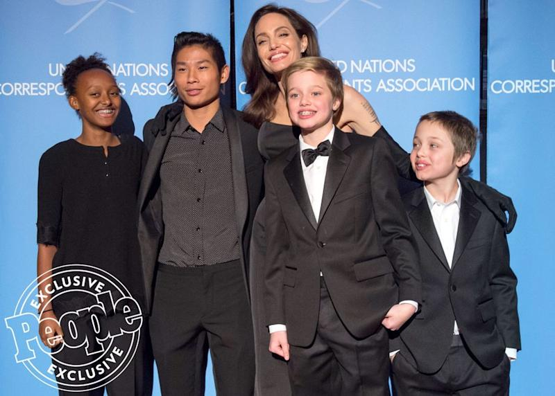 Angelina Jolie with Zahara, Pax, Shiloh and Knox