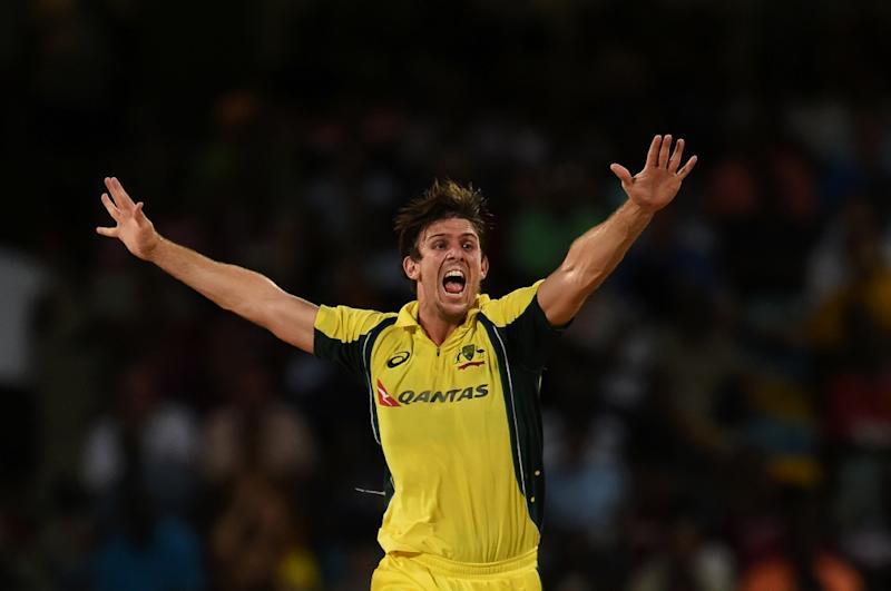 Australia's Mitchell Marsh has been recruited by the BBL's Perth Scorchers and said Tuesday he was hoping to mentor young talent
