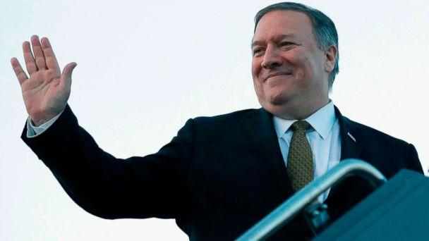 PHOTO: Secretary of State Mike Pompeo boards his plane in Kansas City, Miss., March 18, 2019. (JIm Young/AFP/Getty Images)