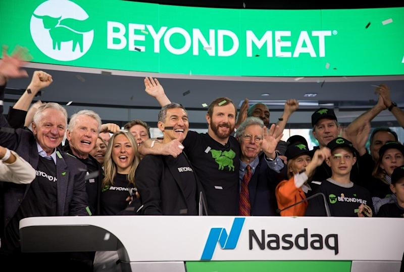 Ethan Brown, founder and CEO of Beyond Meat, centre, rings the opening bell during the company's IPO listing ceremony on the Nasdaq stock market, on May 2, 2019. Photo: Bloomberg