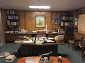 """<p>The Walmart Museum also features a replica of Sam's original office, which was recreated from photographs following his passing in 1992. </p><p>Photo: Flickr/<a href=""""https://www.flickr.com/photos/milst1/28609571720/in/photolist-8mQpR5-22Bi5Ds-65Vwyq-7iCrF6-65VuUd-28aG4ow-23FYXhi-2hrpoE-23FYPTF-23FYT7p-2hrqKU-iLxfAe-HqeAA-23FYRFD-HqgSP-b9132K-2E3pu-Hqe6G-HqioK-Hqhzr-HqhJB-Fy5onG-aBuw5m-26Sba9T-ThexrR-Fy5pFo-HqeKu-5L8E6b-22Bi5mU-Hqhdg-E2XHA2-Hqixc-E2XHre-22Bi4ob-K5F81w-E2XJjg-gtCpmk-JKacyi-22Bi2Xq-22Bi429-KA8wVW-E2XHHB-5Auvkj-V33fFp-T43g9k-uL4ptD-rrC7cL-RCYUEg-rrC7UC-rhjXTW/"""" rel=""""nofollow noopener"""" target=""""_blank"""" data-ylk=""""slk:Martin Lewison"""" class=""""link rapid-noclick-resp"""">Martin Lewison</a></p>"""