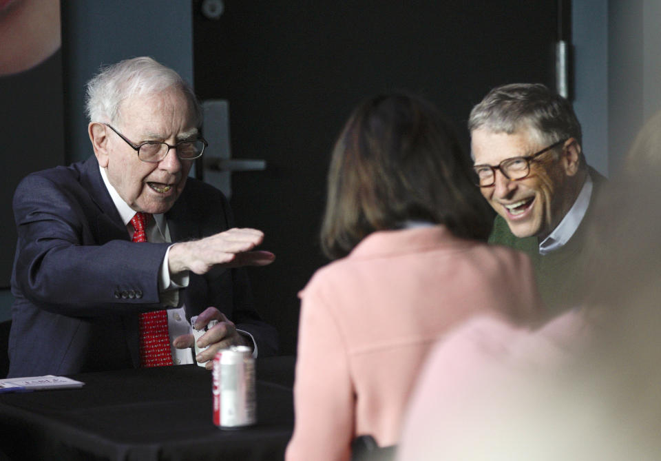 Warren Buffett e Bill Gates. (Foto: AP Photo/Nati Harnik)