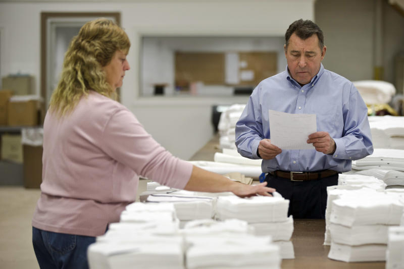 US business stockpiles grow 0.7 pct. in September