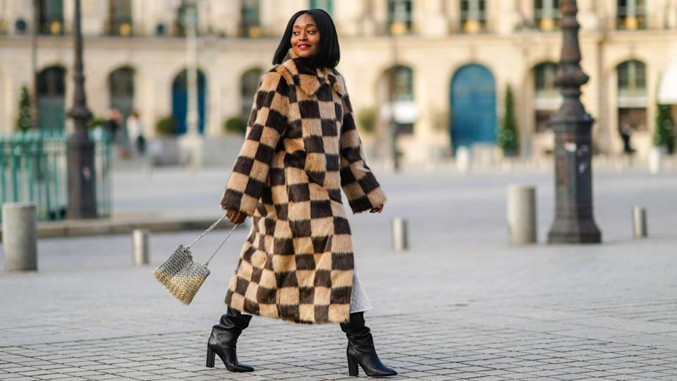 best winter coats: woman wearing winter coat street style