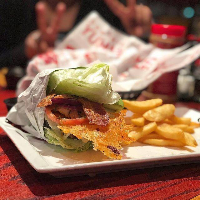 "<p>Asking for something ""wedgie style"" is just plain fun, and in this case, healthy. That's Red Robin's term for a burger in a lettuce wrap. A bunch of their options are super keto, like the Royal (which adds a fried egg on top) or the Guacamole Bacon (which adds *guess what* on top). </p><p><a href=""https://www.instagram.com/p/BzWVMReAxvf/"" rel=""nofollow noopener"" target=""_blank"" data-ylk=""slk:See the original post on Instagram"" class=""link rapid-noclick-resp"">See the original post on Instagram</a></p>"