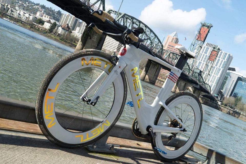 A bike with SMART Tire's METL tire.
