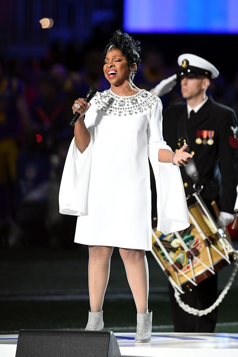 Gladys Knight Looks Like an Absolute Queen Singing at ...