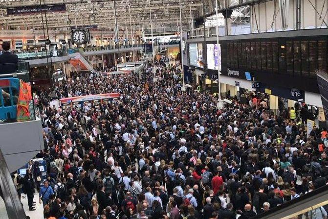 Delays: A major upgrade project at Waterloo will coincide with engineering works across the capital: @B3LL3W