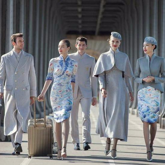 These new hostie uniforms could be straight out of a fashion magazine. Photo: Hainan Airlines