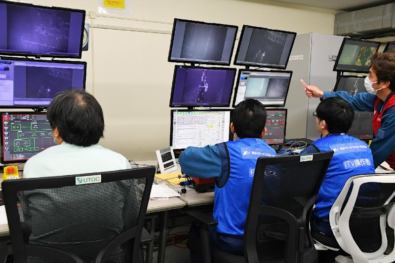 The withdrawal of nuclear fuel is a delicate operation for the Tokyo Electric Power Co (AFP Photo/JAPAN POOL VIA JIJI PRESS)