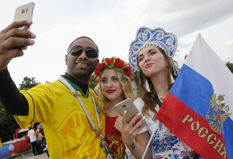 Fans from South America added a latin flavour to a Moscow World Cup fanzone for Thursday's opening match