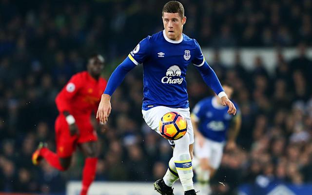 <span>Martinez still cares about the development and future of Ross Barkley</span>