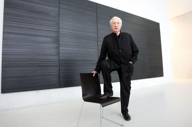Man in black: Soulages gets Louvre tribute for 100th birthday