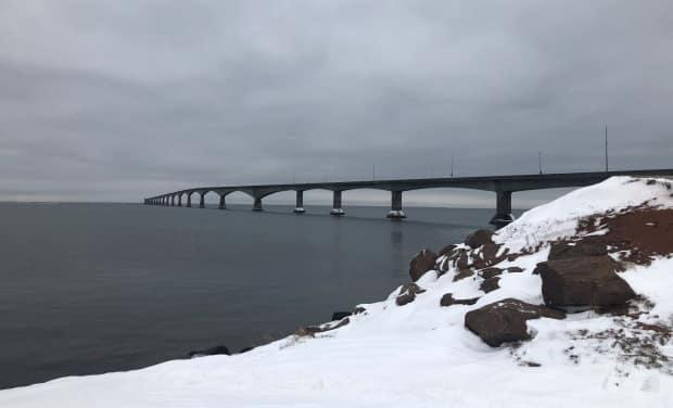 Non-essential travel betweenNova Scotia, New Brunswick, Newfoundland and Labradorand Prince Edward Islandhas been restricted since the end of November due to COVID-19 pandemic restrictions. (Nicola MacLeod/CBC - image credit)