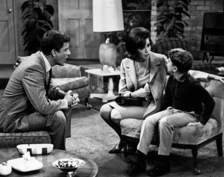 """FILE - In this 1965 file photo, Dick Van Dyke, left, and Mary Tyler Moore talk to Larry Matthews, who plays their son, on """"The Dick Van Dyke Show."""" Van Dyke is the recipient of the Life Achievement Award at the upcoming 19th Annual SAG Awards ceremony on Sunday, Jan. 27, 2013. (AP Photo, File)"""