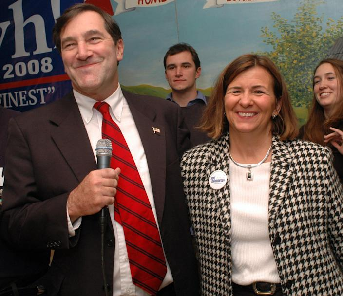 """<span class=""""s1"""">Joe Donnelly with his wife, Jill, on Nov. 7, 2006, the day he was elected to the House. (Photo: Joe Raymond/AP)</span>"""