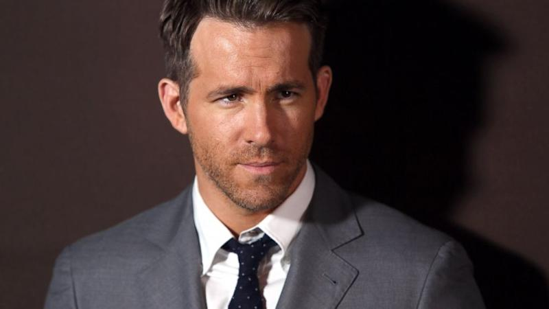 Ryan Reynolds: Photographer Arrested for Striking Actor With Car, Police Say