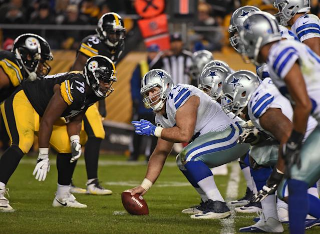"""The Steelers and <a class=""""link rapid-noclick-resp"""" href=""""/nfl/teams/dallas/"""" data-ylk=""""slk:Cowboys"""">Cowboys</a> kick off the preseason during Hall of Fame weekend in Canton, Ohio. (George Gojkovich/Getty Images)"""