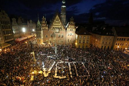 Polish Senate Passes Controversial Bill on Judicial Reform