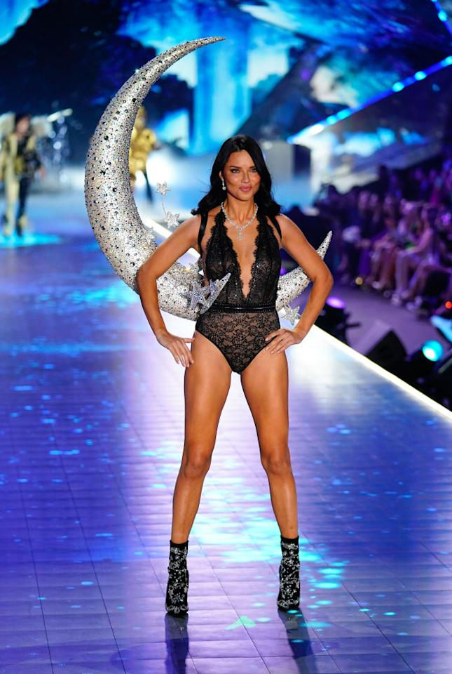 <p>Adriana Lima.<i> [Photo: Getty]</i> </p>