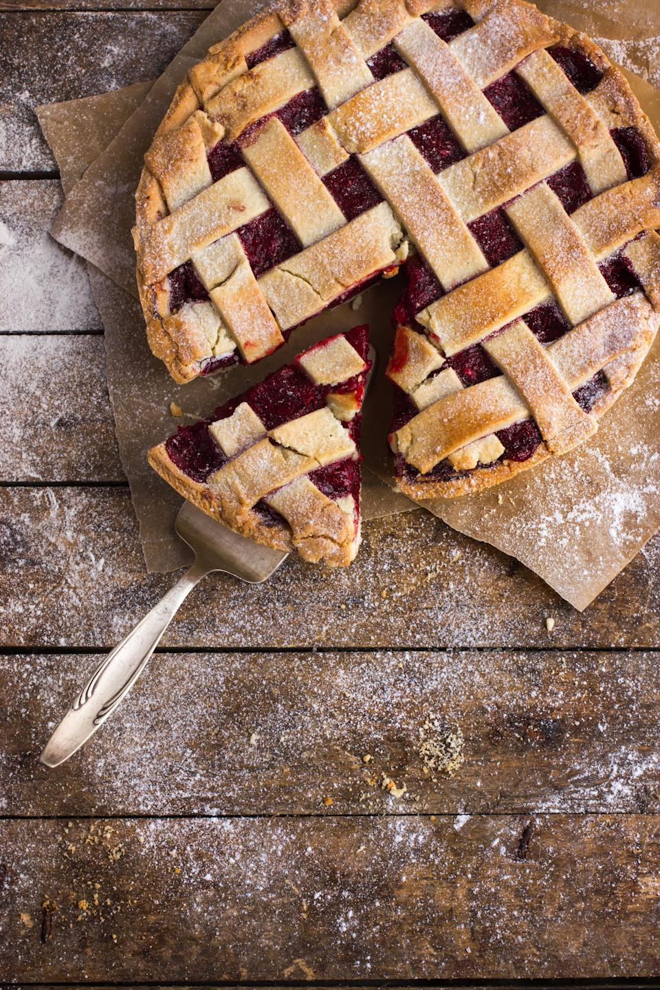 """<p>Linzer tarts are delicious and impressive any time of year, and this one is made Passover-friendly with the use of ground almonds, walnuts and hazelnuts in the crust along with potato starch. You can adjust the tart to your family's tastes by using any flavor jam you prefer.</p> <p><a href=""""https://www.thedailymeal.com/recipes/gluten-free-linzer-tart-recipe?referrer=yahoo&category=beauty_food&include_utm=1&utm_medium=referral&utm_source=yahoo&utm_campaign=feed"""" rel=""""nofollow noopener"""" target=""""_blank"""" data-ylk=""""slk:For the Gluten-Free Linzer Tart recipe, click here."""" class=""""link rapid-noclick-resp"""">For the Gluten-Free Linzer Tart recipe, click here.</a></p>"""