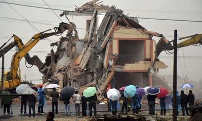 Chinese Home In Middle Of Road Is Torn Down