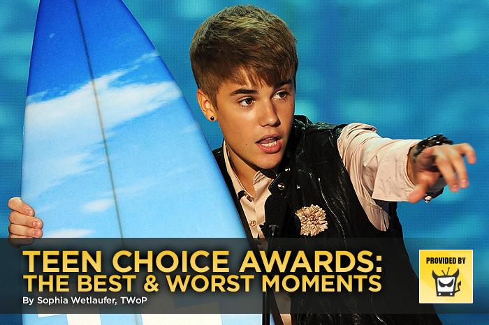 """The """"best"""" moments at the Teen Choice Awards have always been few and far between, and unfortunately this year was no different. Even if there were good moments, they were mostly drowned out by teen girls who just would not shut up (you know it's bad when Ashton Kutcher has to ask them to pipe down). But it's not as if the title of the show didn't warn us — it is the award show by teens, for teens, so it was everything that teens are: loud, annoying, and Bieber-crazed. Click through this slideshow to see our highlights and lowlights."""
