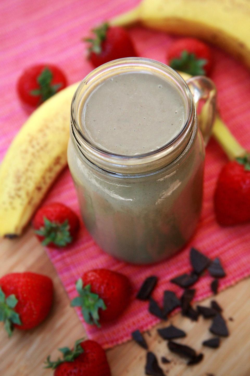 """<p>This simple smoothie gives us chocolate for breakfast, and we have no problem with that.</p> <p><strong>Protein:</strong> 25.1 grams</p> <p><strong>Get the recipe:</strong> <a href=""""https://www.popsugar.com/fitness/Recipe-Chocolate-Strawberry-Banana-Smoothie-7166332"""" class=""""link rapid-noclick-resp"""" rel=""""nofollow noopener"""" target=""""_blank"""" data-ylk=""""slk:nutty chocolate strawberry banana smoothie"""">nutty chocolate strawberry banana smoothie</a></p>"""