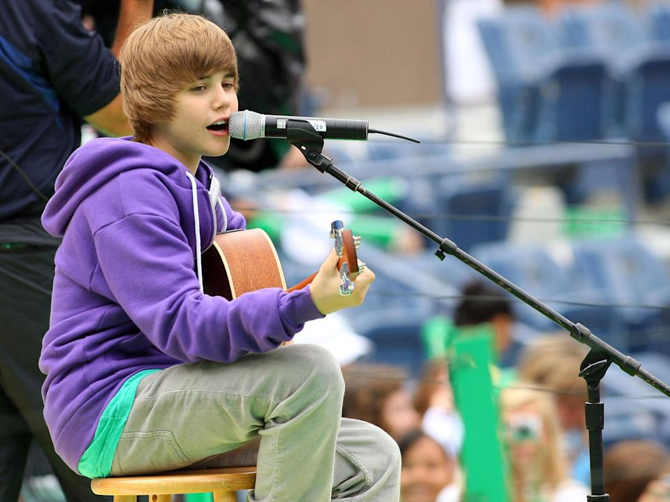 Justin Bieber performs at the 2009 US Open in New York City (Mike Stobe/Getty Images)