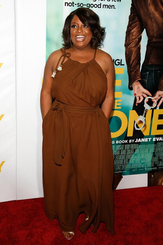 """NEW YORK, NY - JANUARY 24:  Sherri Shepherd attends the """"One for the Money"""" premiere at the AMC Loews Lincoln Square on January 24, 2012 in New York City.  (Photo by Andy Kropa/Getty Images)"""