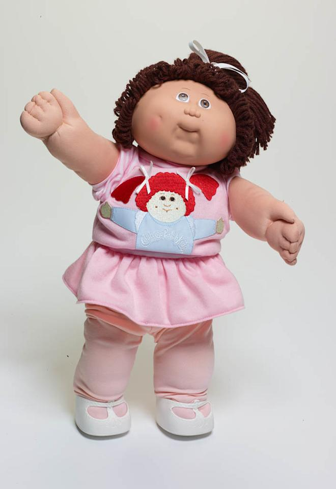 People lined up to buy their Cabbage Patch Kid.