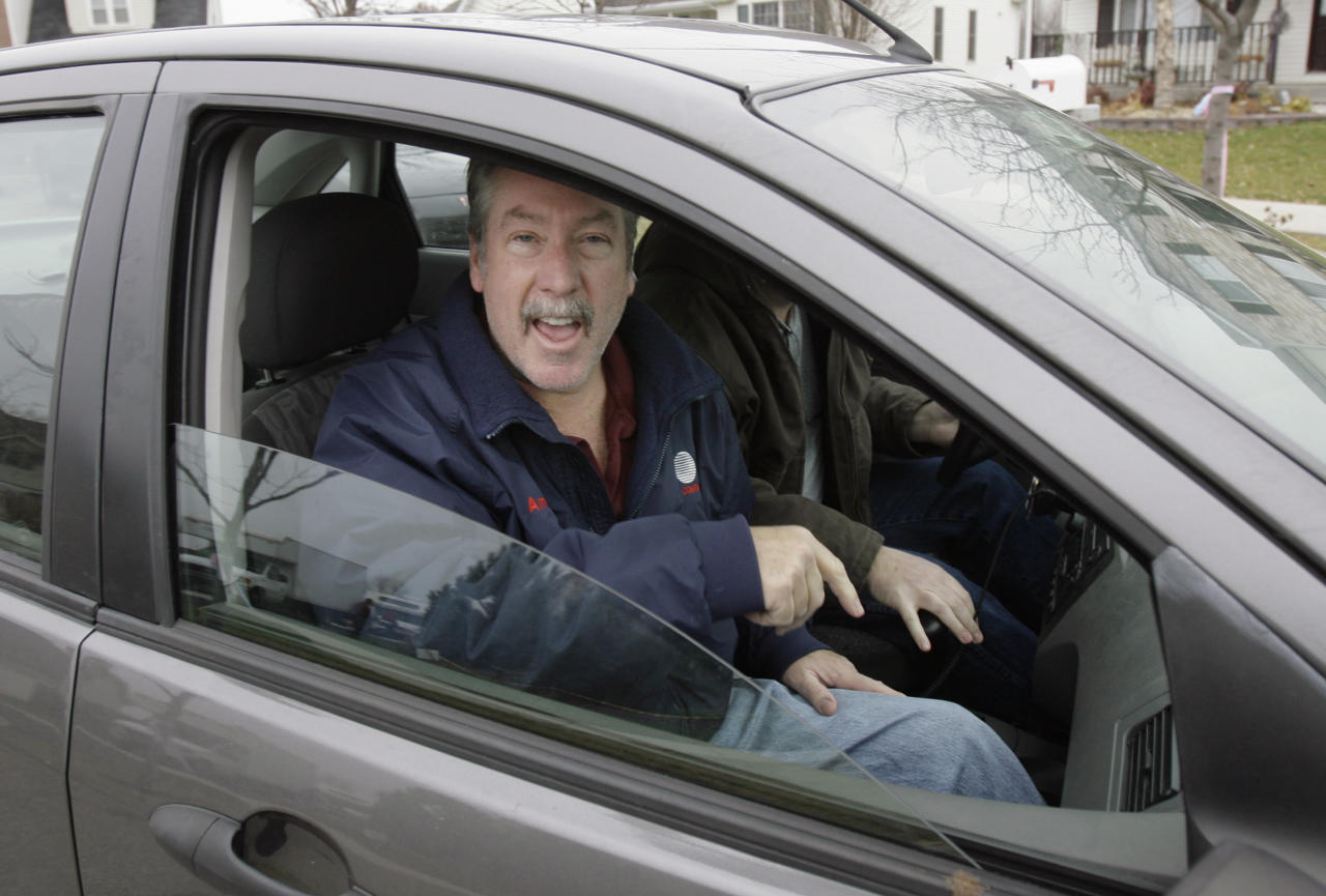 FILE - In this Nov. 26, 2007 file photo, former Bolingbrook police sergeant Drew Peterson talks to the media as he leaves his home in Bolingbrook, Ill. Peterson was indicted in May 2009 on a murder charge in the death of his third wife, Kathleen Savio. Jury selection is scheduled to begin in his trial Monday, July 23, 2012, at the Will County Courthouse in Joliet, Ill. (AP Photo/M. Spencer Green, File)