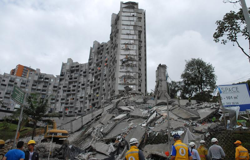 Building collapses in Colombia, 11 missing